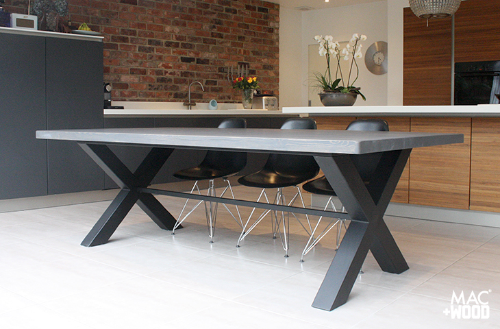 Mac+Wood Cross Table