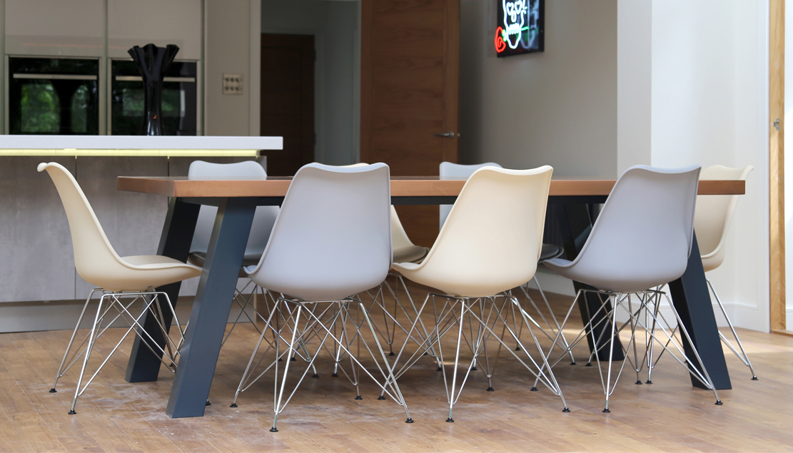 Mac+Wood Sweep table design